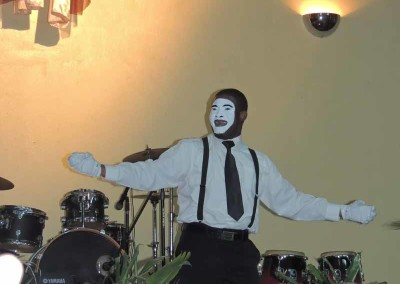 Enoch the mime